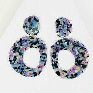 Open Circle Pendant Drop Earrings in Lilac & Black